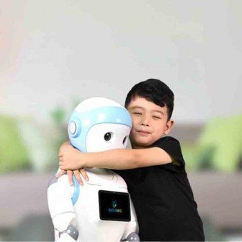iPal, la niñera robótica que los niños ¿necesitan?
