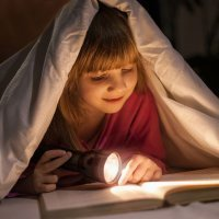 Los niños que se acuestan tarde son más inteligentes y creativos