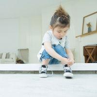 El truco definitivo para enseñar a atarse los cordones a los niños