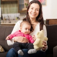 Los superpoderes del regazo de mamá o papá para el bebé