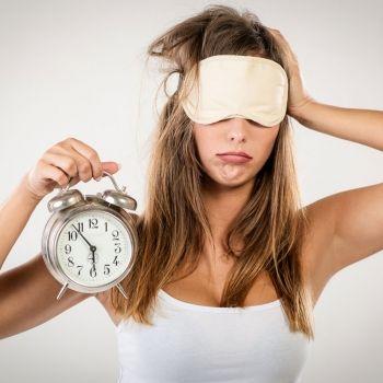 Qué significa despertarse a la misma hora, y no sólo padres y madres