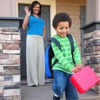 La vuelta al colegio de los hijos y la felicidad de los padres en imágenes