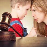 En casa la ley la hacemos los padres