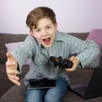 8 preguntas clave para saber si tu hijo tiene adicción a las pantallas