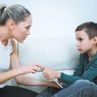 Para de discutir con tu hijo y utiliza estas estrategias de padres astutos