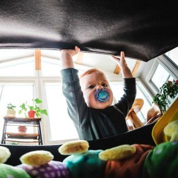 El peligro de los peluches para los bebés y los niños
