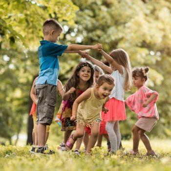 7 actividades que deben hacer los niños en un esquema