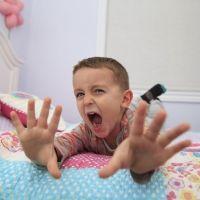 11 frases para calmar a un niño furioso... ¡que funcionan!