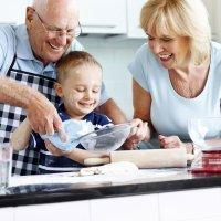 Gracias a los abuelos menos niños obesos