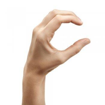 Juega a hacer las letras del alfabeto con las manos
