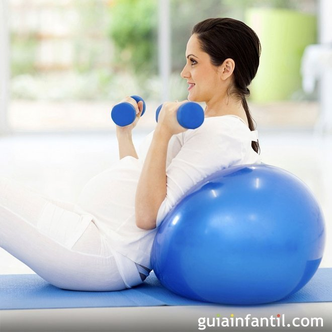 Ejercicios con pelota para embarazadas