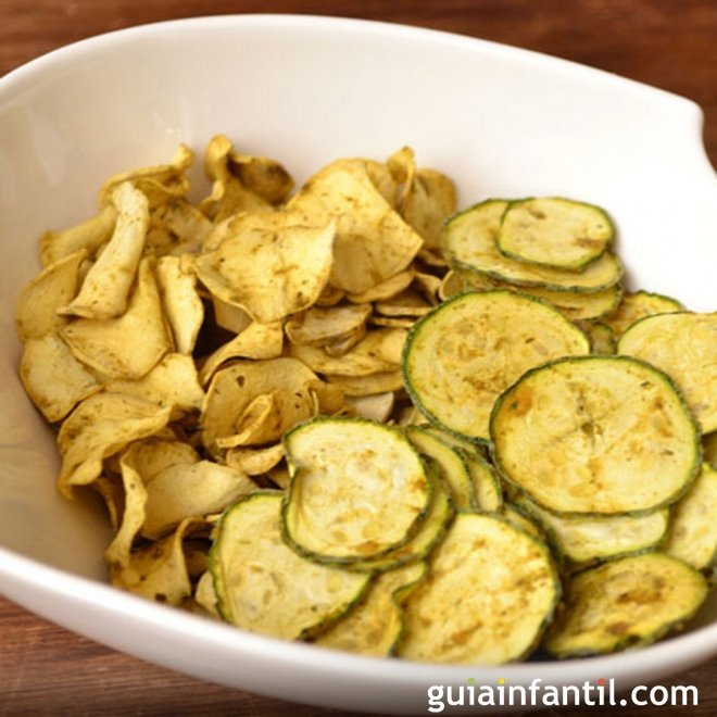 Chips de calabacín y batata. Aperitivo para niños