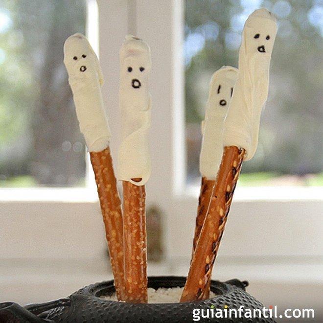 Fantasmas salados de Halloween. Aperitivos para niños