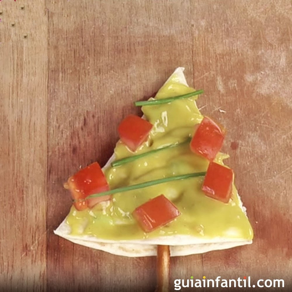 Rbol de navidad de guacamole canap s para ni os - Como hacer un canape ...