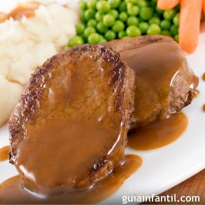 Roast beef con salsa. Receta tradicional