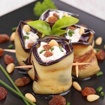 Rollitos de berenjenas con queso