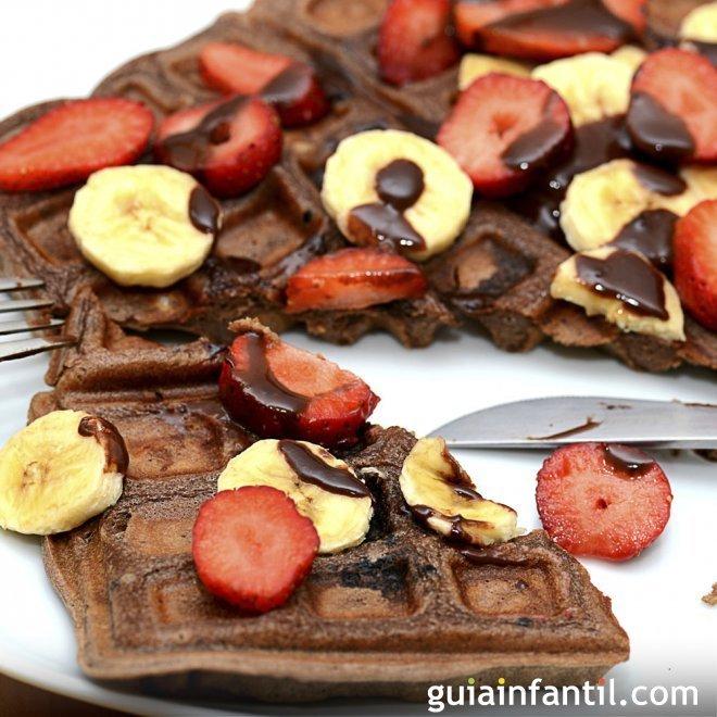 Gofres de chocolate. Receta para el desayuno o la merienda de los niños