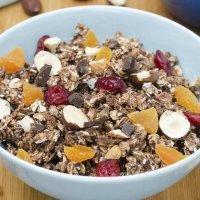 Copos de avena y frutas con Nocilla para desayunar