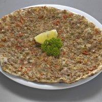 Receta de pizza turca para niños. Lahmacun