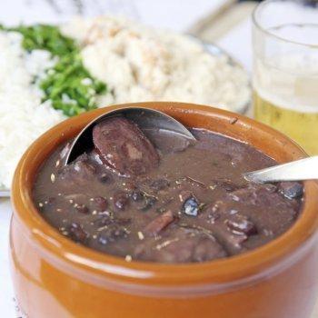 Receta de Feijoada brasileña