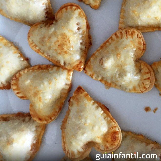 Empanadillas de atún con forma de corazón