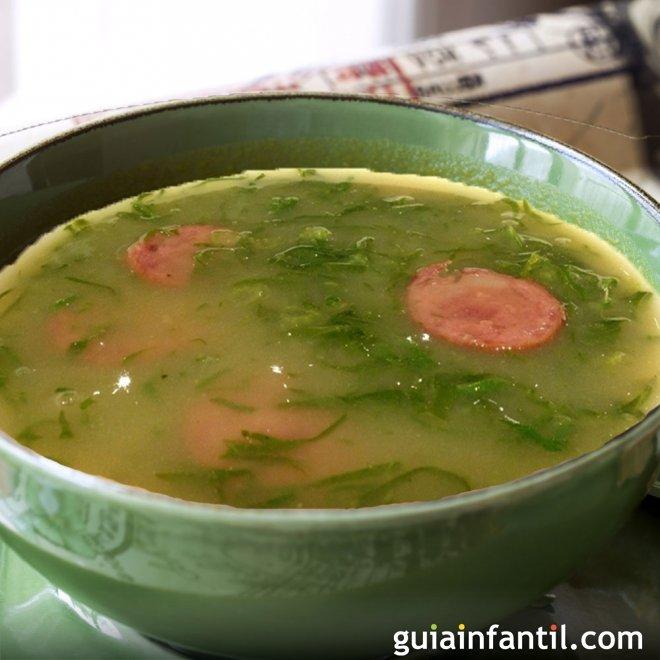 Caldo verde. Receta de sopa portuguesa