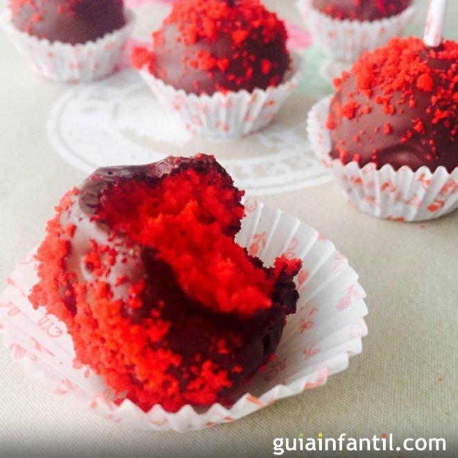 Cake pops para San Valentín. Recetas divertidas para niños