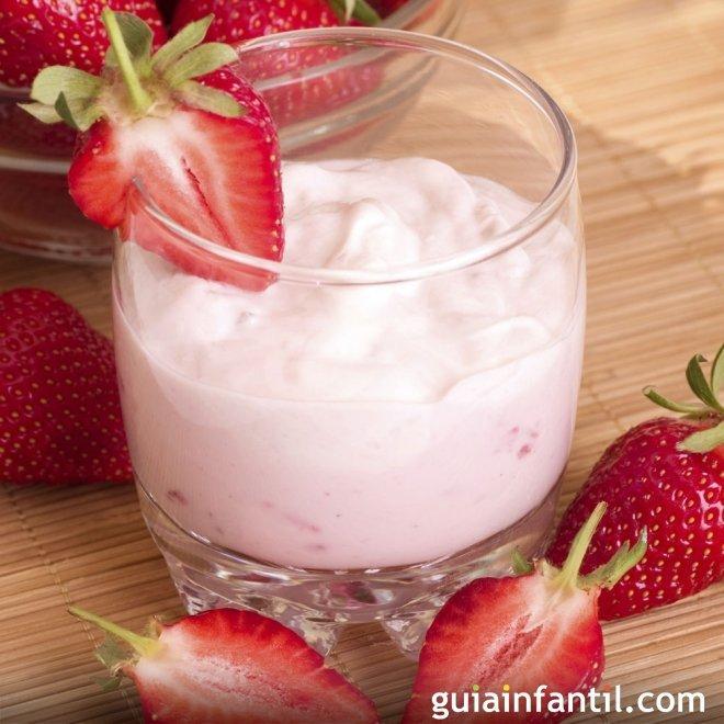 Mousse de fresas fácil y rápida