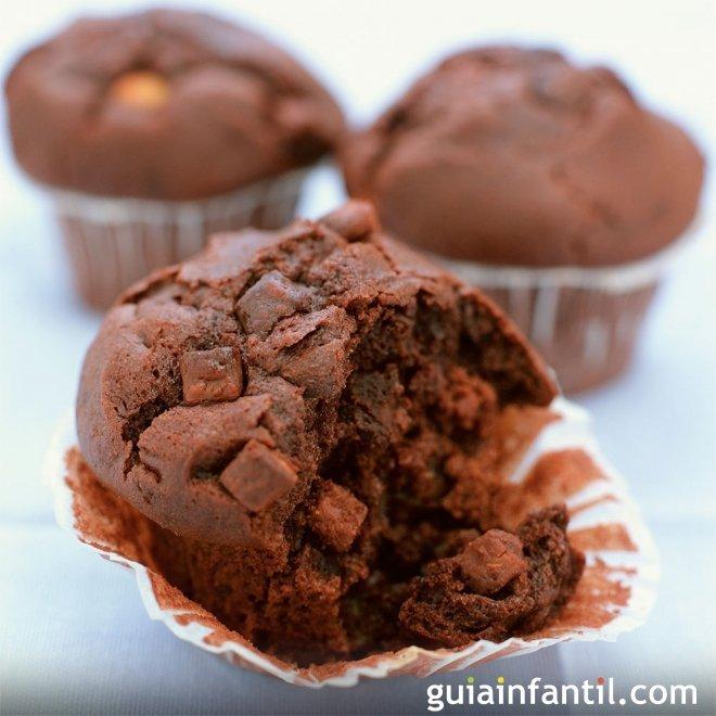 Magdalenas de chocolate, para el desayuno de los niños