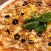 Pizza con atún