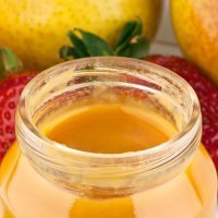 Papilla de mango, pera y fresa