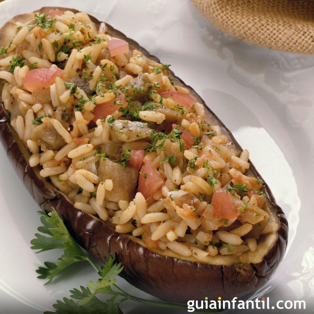 Berenjenas rellenas de arroz y verduras receta vegetariana for Cocina berenjenas rellenas