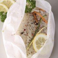 Papillote de pescado blanco. Receta sana y rápida para niños y embarazadas