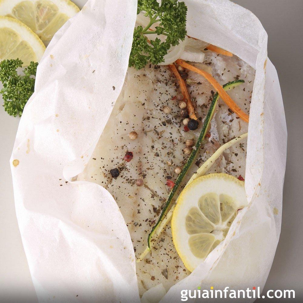 Papillote de pescado blanco receta sana y r pida para for Cocinar pescado para ninos