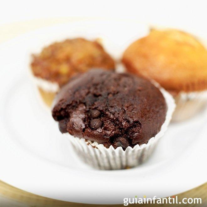 Magdalenas veganas de chocolate para niños
