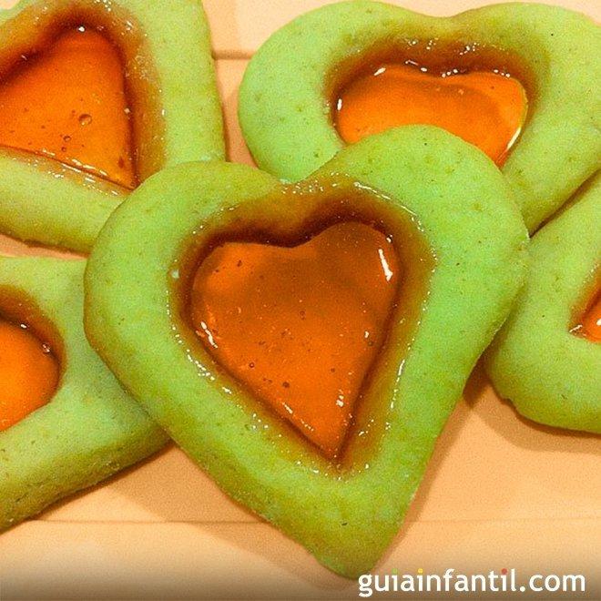 Galletas de cristal en forma de corazón
