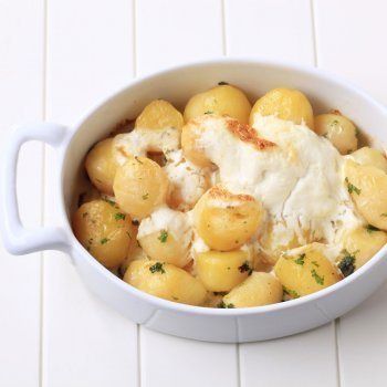 Patatas con queso al horno