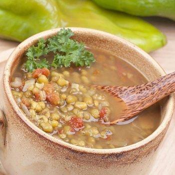 Sopa de soja y judías