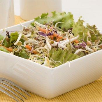 Ensalada con brotes de soja