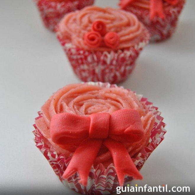 Cupcakes de fresas para regalar a mamá