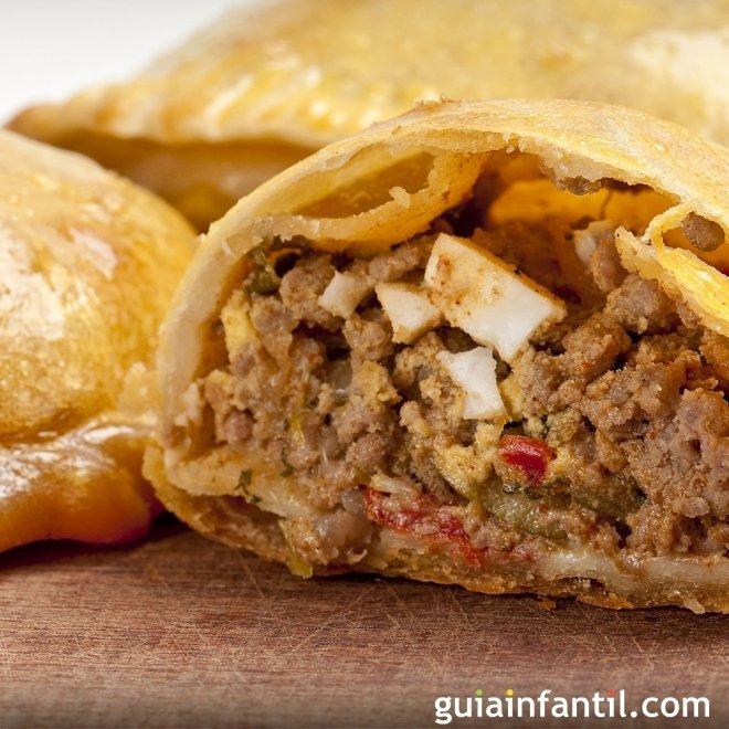 Empanadas rellenas. Receta peruana para los niños