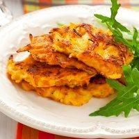 Tortitas de zanahoria, sanas y rápidas para la merienda
