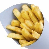 Patatas fritas al horno. Aperitivo sano para niños