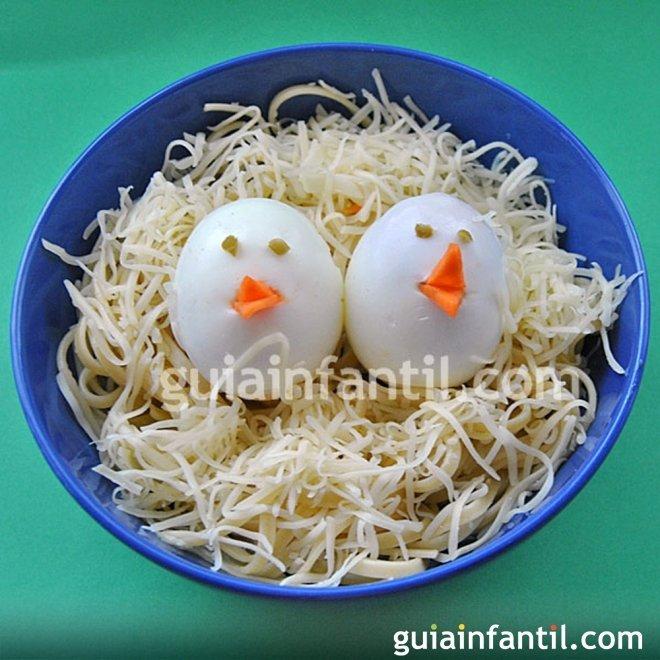Nido De Pasta Con Pollitos De Huevo
