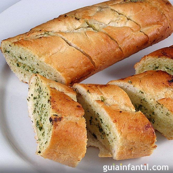 Pan de ajo. Receta para acompañar la comida de los niños