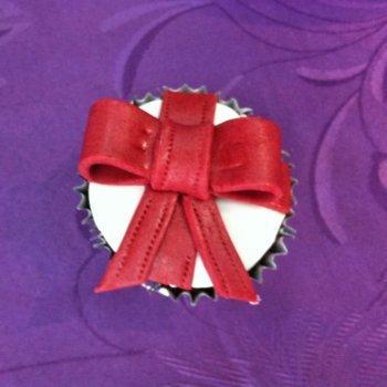 Cupcake con forma de regalo