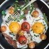 Huevos al plato en miniatura
