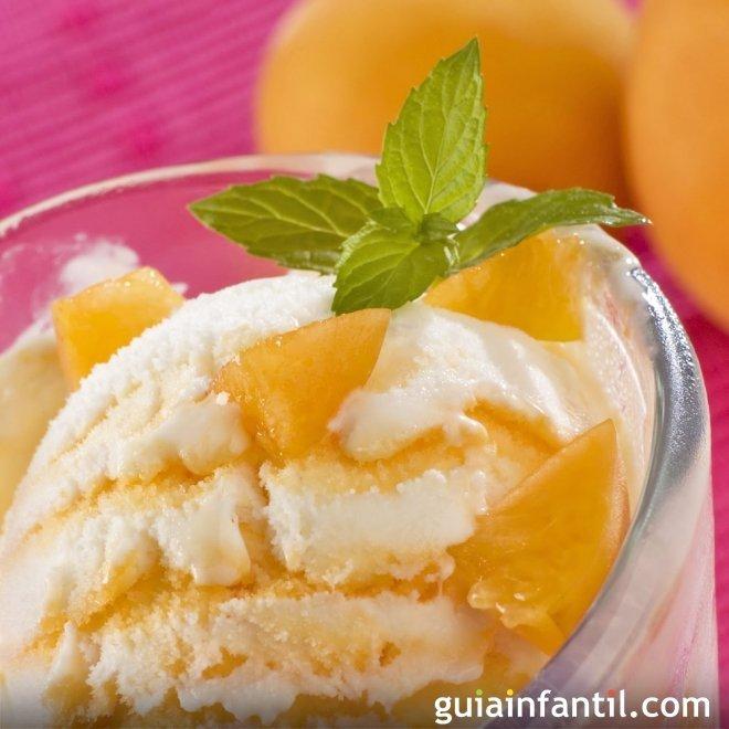 Receta fácil de helado de melocotón y albaricoque para niños