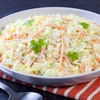 Ensalada de col para niños. Receta americana de coleslaw