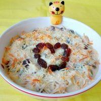 Pasta al huevo con crema de coliflor. Recetas de pasta para niños